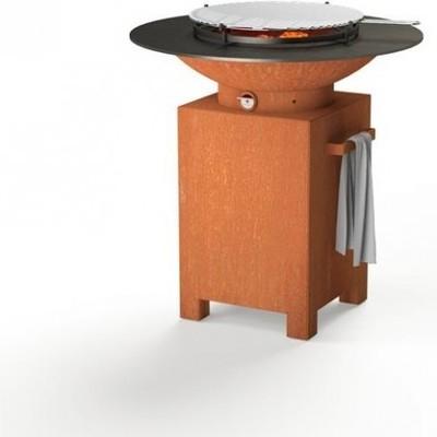 Un barbecue plancha brasero en acier corten, du 3 en 1